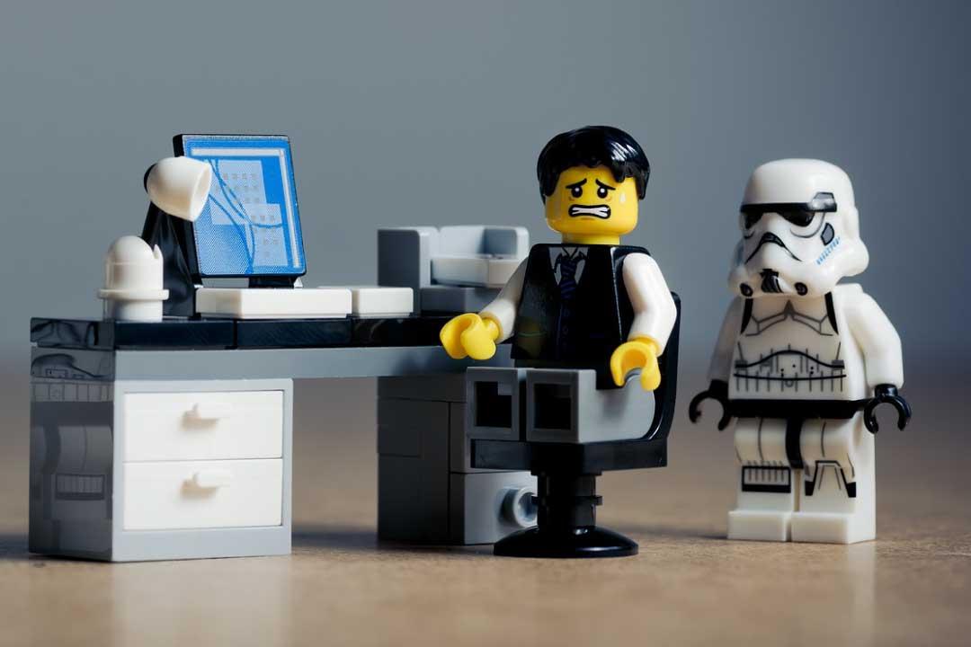 Accaparramento di clientela e avvocati che sfruttano COVID-19