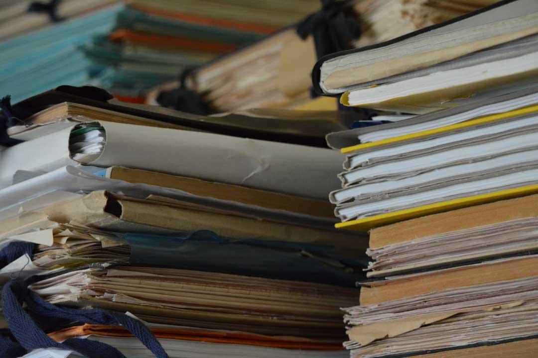 Ordinanza n. 8815: valore delle firme digitali, nullità della notificazione via PEC, mancanza dell'attestazione di conformità