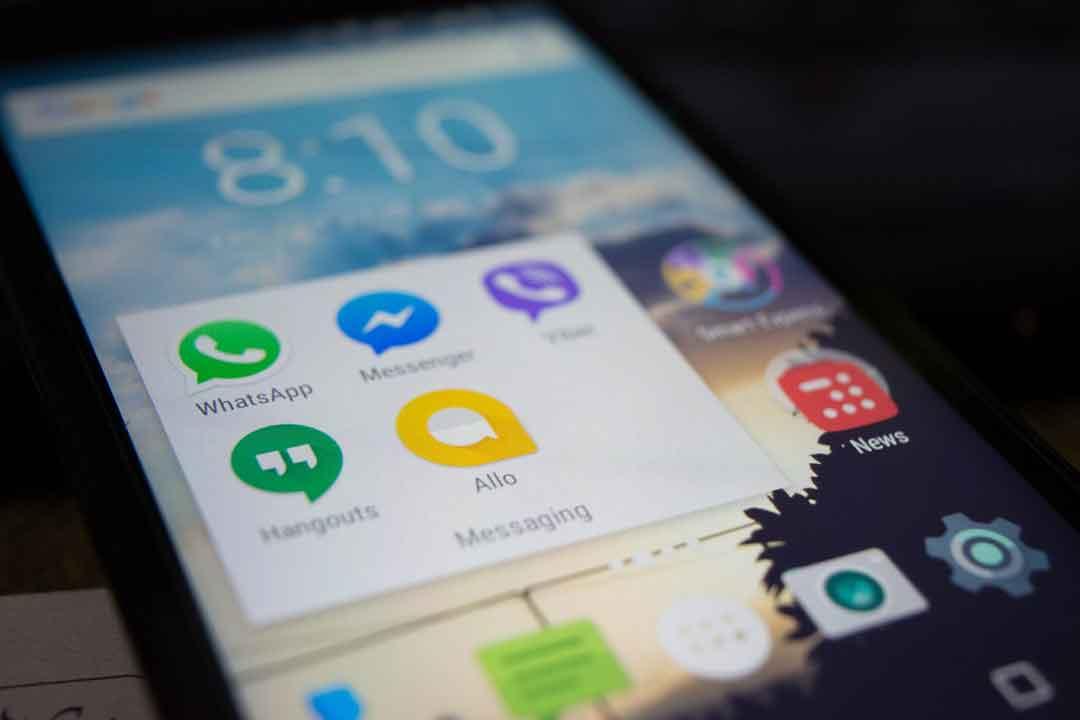 Nell'ambito del processo tributario, i messaggi di WhatsApp sono privi di fondatezza probatoria
